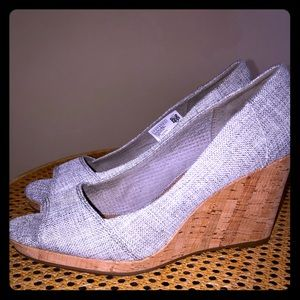 TOMS grey silver fabric cork wedges size 7